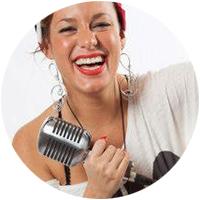 Bei uns im Team: Alice Viola - Gesangslehrer